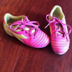 Girls pink cleats size 11 soccer baseball softball